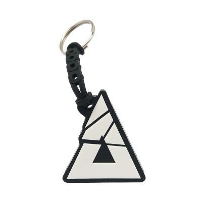 Chaveiro emborrachado triangulo em relevo